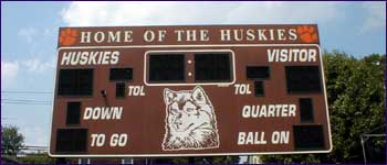 Dumont High School scoreboard